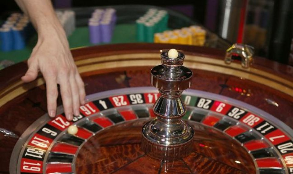 The Insider Secrets And Techniques Of Gambling Found